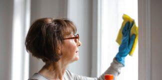 Curatarea geamurilor. Cum cureti corect, rapid si eficient geamurile. Trucul care nu da gres