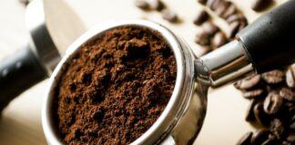 Ce poti face cu zatul de cafea. 3 utilizari de care sigur nu stiai