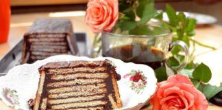 Reteta de tort fara coacere. Cel mai gustos tort de biscuiti cu ciocolata