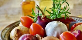 Alimentul minune care este antibiotic natural. Milioane de romani il au in casa acum