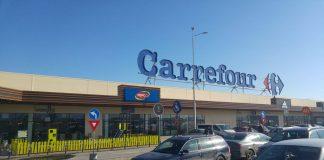 Program Carrefour 1 decembrie 2020. Orarul magazinelor de Ziua Nationala a Romaniei
