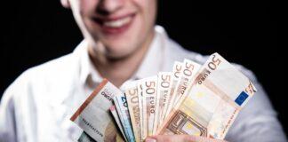 Cel mai bine platit loc de munca din Romania. Cine castiga un salariu de 5.000 de euro pe saptamana. Ce conditii trebuie sa respecte