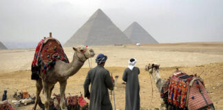 turisti romani egipt spaga bacsis