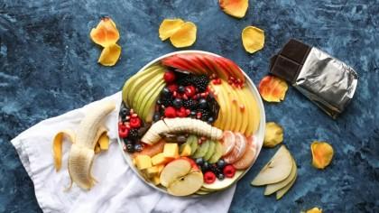 Nu mai mânca aceste fructe și legume iarna. Reprezintă un pericol pentru sănătate! Avertismentul specialiștilor