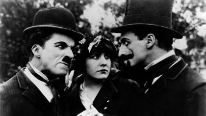 Charlie Chaplin – de la trupă de dans stradală, la revoluționarea cinematografiei