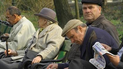 Ies la pensie în masă! Fenomentul care ia amploare în România în plină pandemie