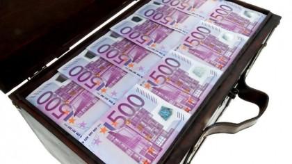 Se dau 1.000 de euro în plus, pe lângă salariu! Cine sunt românii super norocoși care-i primesc