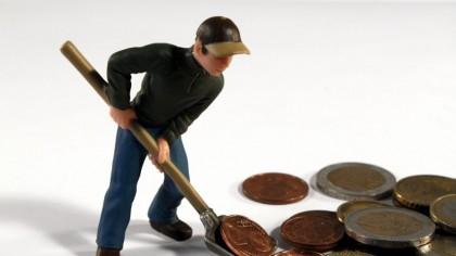 GATA, se dau extrem de mulți bani de la stat! Sute de mii de români primesc banii direct în cont