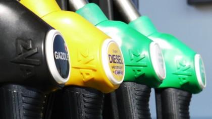 ȘOC TOTAL pentru cei cu mașini pe benzină! Nimeni nu credea că se va ajunge aici. Este absolut incredbil
