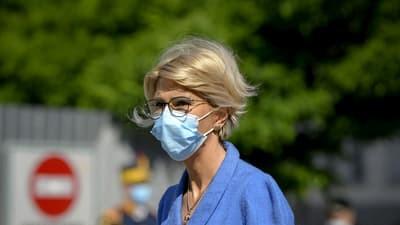 AU MURIT de tineri! Raluca Turcan in DOLIU! Coronavirusul i-a RAPUS