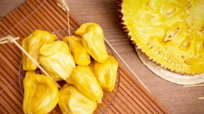 Fructul care înlocuiește carnea și ajută la slăbit. Românii nu se înghesuie să îl mănânce dintr-un motiv bizar