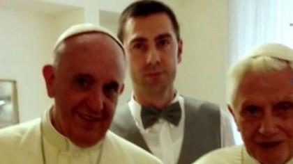 Povestea românului care îl servește pe Papa Francisc. Cine este Petru Tâmpău, de fapt. VIDEO