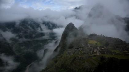 """ȘOC! Apariție ULUITOARE de 37 de metri, pe un deal: """"Una din cele mai mari enigme ale arheologiei"""""""