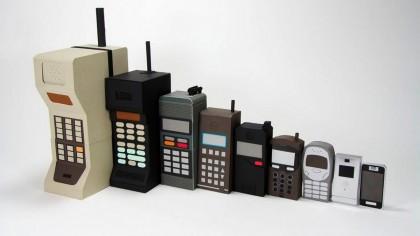 """Creatorul telefonului mobil, socat de reusita sa. """"Te sun de pe un celular, un celular adevarat, portabil"""""""