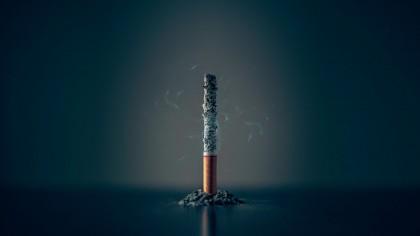 Vești proaste pentru fumători: De la 1 ianuarie urmează o nouă scumpire majoră a țigărilor