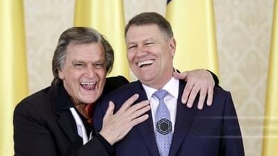 Știţi ce mi-a zis neamțu'? Dialogul spumos dintre preşedintele Klaus Iohannis şi Florin Piersic, de ziua sa