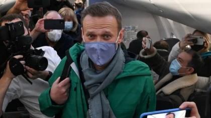Prima reacție a lui Alexei Navalnîi. Reţinut de autorităţile ruse la câteva minute după ce a aterizat la Moscova
