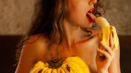 O femeie a mancat o banana in fiecare seara. Ce a observat dupa cateva zile a lasat-o masca