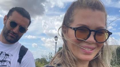 Gina Pistol și fetița au plecat din casa lui Smiley