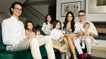 Ce religie are Anca Serea. 'Toți mă întreabă dacă sunt sectantă pentru că am 6 copii'